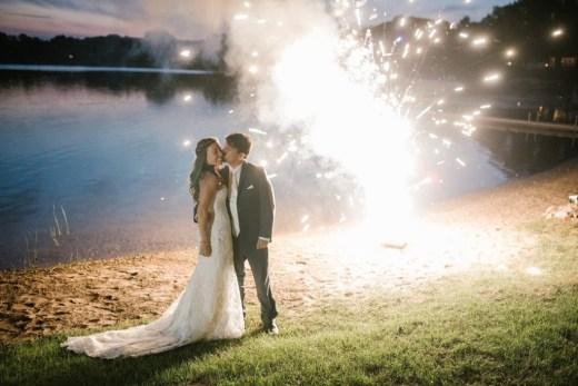 jordiandjessmartin_fireworks_lakeside_bride_groom_kiss_psm_weddings_propop_dj-150